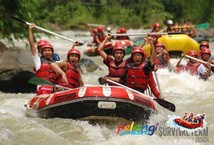 Rafting Sungai Citarik Sukabumi